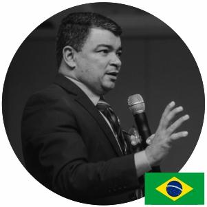Sr. Izaias de Souza Carneiro