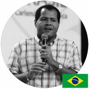 Sr. Vinicius Simões