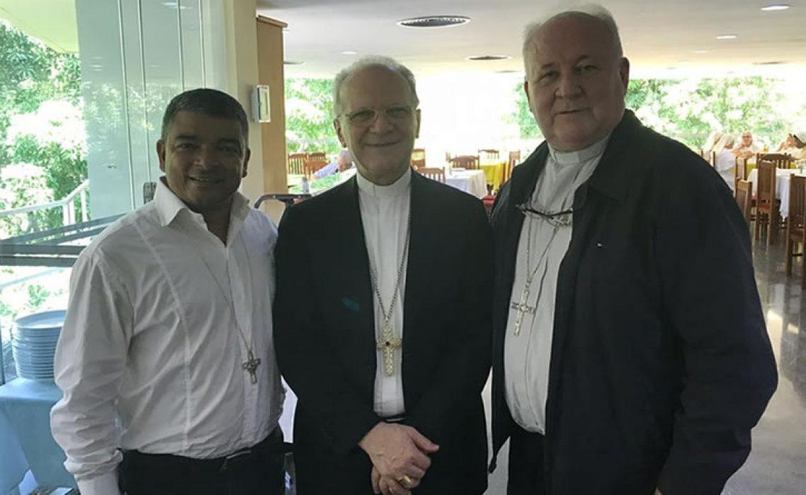 Presidente da Conferência Somos Um é recebido no Curso anual de Bispos no Rio de Janeiro
